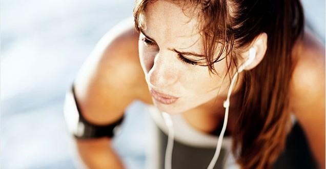 Как правильно дышать во время бега?